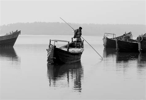 Fishing Boat Engines India by Fishing Boats Near Talsari India Travel Forum
