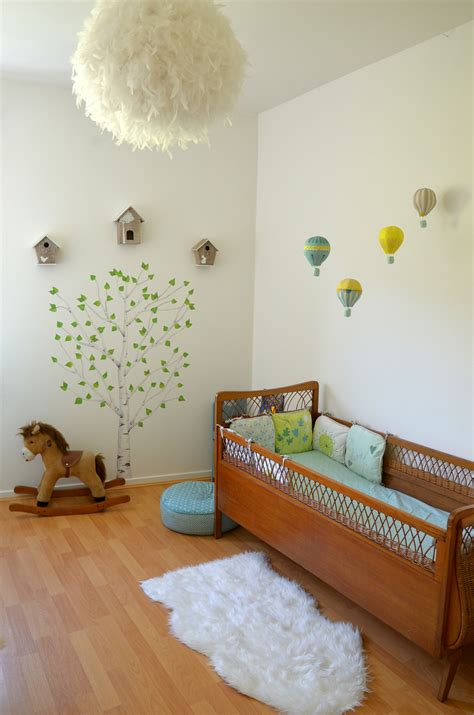 chambre in déco chambre bébé la chambre nature et poétique de noah