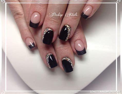 nageldesign schwarz silber 50 schwarze nageldesign muster