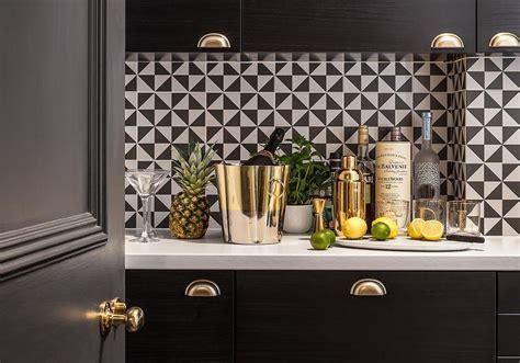 Black And White Kitchens Design Ideas
