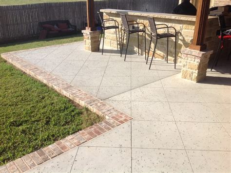 rock salt finish concrete w brick border