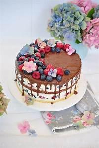 Kuchen Dekorieren Ideen : die besten 17 ideen zu torten dekorieren auf pinterest fondantblumen fondant rose und fondant ~ Markanthonyermac.com Haus und Dekorationen