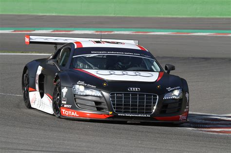 Audi R8 Lms At Nurburgring