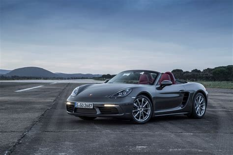 porsche  boxster fully revealed  turbo flat  engines