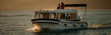 Houseboat Hire by Houseboat Hire Jamin Adventures