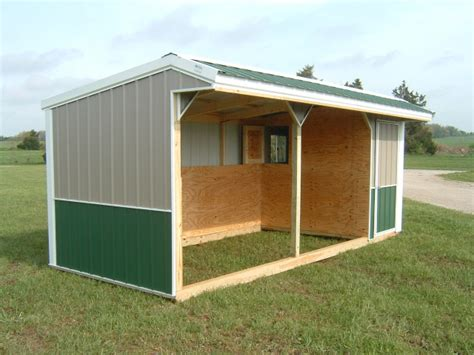 horse shelters feeders