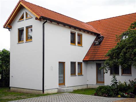 Garage In Taucha by Montagebau Vokoun Gmbh Halle Saale