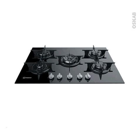 plaque de cuisine gaz plaque de cuisson 5 feux gaz 68 cm verre noir indesit pr