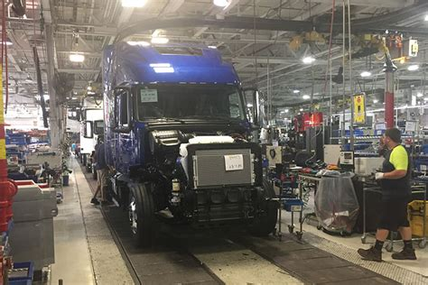 volvo truck manufacturing plants new class 8 truck orders continue to outperform previous