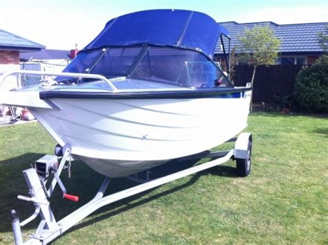 Boat Rental Geist by New Used Yachts Boats For Sale In New Zealand Trade A Boat
