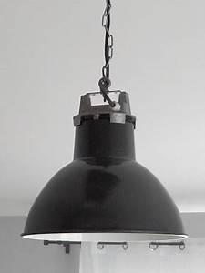 Lampe Chevet Industrielle : lampe industrielle mazda vintage les vieilles choses ~ Teatrodelosmanantiales.com Idées de Décoration