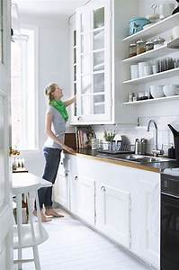 Best Ideas to Select Paint Color for a Small Kitchen to ...