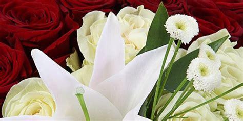 Lēta ziedu piegāde internetā💐🌹🌼. Piegāde uz jebkuru adresi ...
