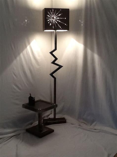 Le Sur Pied Industrielle by Lampe Sur Pied Le Sur Pied Style Industriel En Acier
