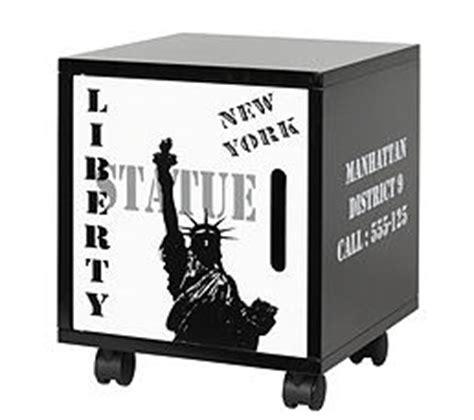 le de chevet new york conforama table de chevet new york but