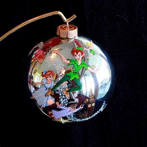 17 best ideas about painted ornaments on pinterest painted christmas ornaments xmas crafts