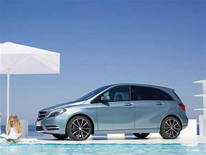 Mercedes Familiale : la nouvelle mercedes class b familiale et sportive voiture neuve et d 39 occasion de luxe ~ Gottalentnigeria.com Avis de Voitures