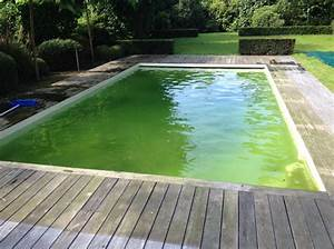 entretien de piscine a croix recuperer une eau transparente With pourquoi l eau de la piscine est verte