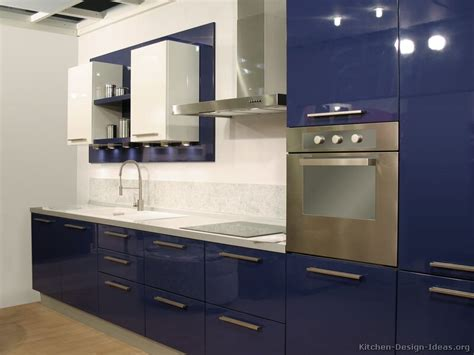 Thermofoil Kitchen Cabinets Pictures by Modern Blue Kitchen Cabinets Pictures Amp Design Ideas