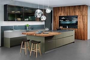 Moderne Küchen Bilder : moderne k chen auf ausstellungsk chen ~ Markanthonyermac.com Haus und Dekorationen