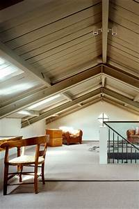 Exposed roof design ideas for loft conversions attic for Interior decoration living room roof