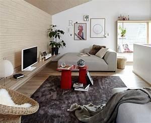 Kleines Wohnzimmer Gestalten : r ume mit dachschr gen die besten wohntipps moodboard ~ A.2002-acura-tl-radio.info Haus und Dekorationen