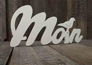 Deko Schriftzug Holz : buchstaben schriftz ge moin schriftzug mit sitzender m we aus holz ein designerst ck von ~ Eleganceandgraceweddings.com Haus und Dekorationen