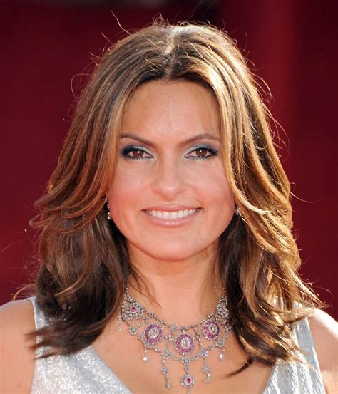 hairstyles of medium length hair beyond fashion and trends the elements of style