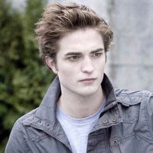 Edward Cullen Smiling Breaking Dawn Part 2