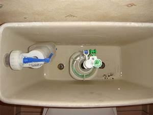 Chasse D Eau Fuit : chasse d 39 eau qui fuit encore et encore ~ Dailycaller-alerts.com Idées de Décoration