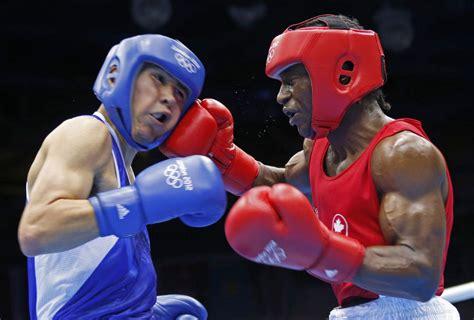london  custio clayton wins canadas  boxing