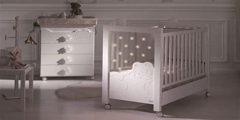 chambre bébé de luxe chambres et mobilier design pour bb accessoires et
