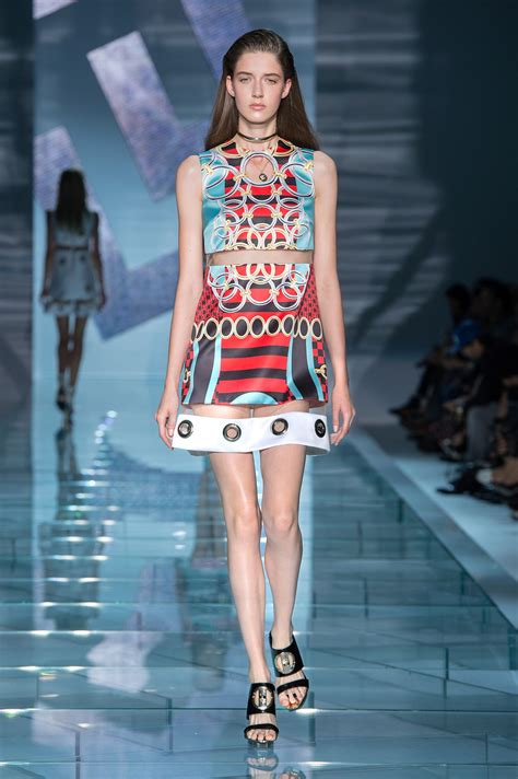 versace spring summer 2015 women s collection the skinny
