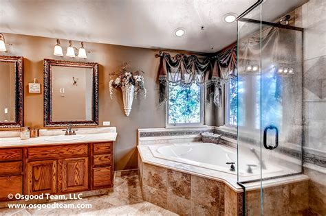 Oversized Jetted Tub by Luxurious Bathroom Features Oversized Jetted Tub