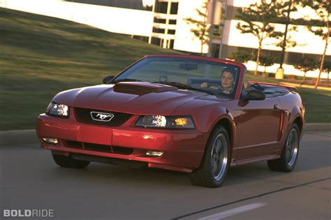 ford mustang information   zomb drive