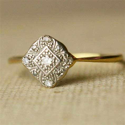 buying a vintage or antique engagement ring read this