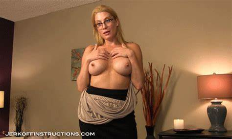 Stepmommy Does Sultry Joi Just For You
