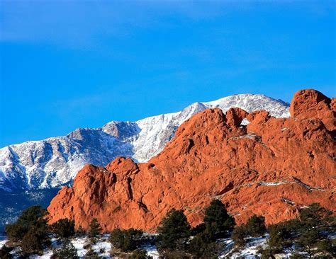 Garden Of The Gods Best Time To Visit by Pikes Peak Colorado Springs 14000ft Mountain Colorado
