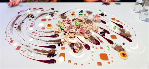 alinea cuisine what visiting alinea restaurant taught me about business