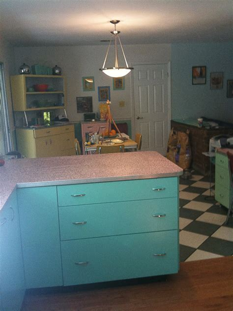 6 ideas from Karen's retro kitchen remodel   including