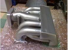 Upper and lower GT40 Intake manifold used Mustang