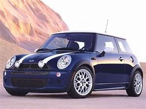 Mini Cooper S 2004 : 2004 mini cooper pricing ratings reviews kelley blue book ~ Maxctalentgroup.com Avis de Voitures
