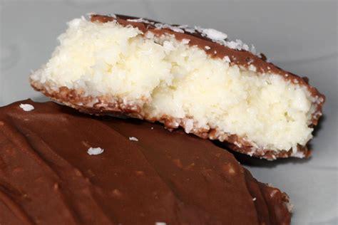 dessert a la noix de coco chocolat noix de coco recette chocolat noix de coco type bounty