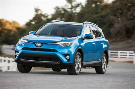 Toyota Rav 4 New by Toyota Rav4 Reviews Research New Used Models Motor Trend