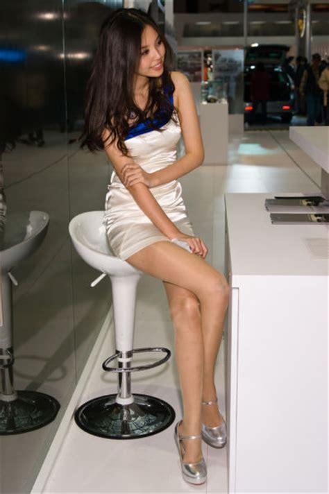 Cute Asian Promo Models 93 Pics
