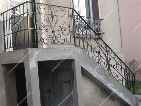 modele d escalier exterieur res d escalier en fer forg 233 classique mod 232 le quadrillage m 233 daillon