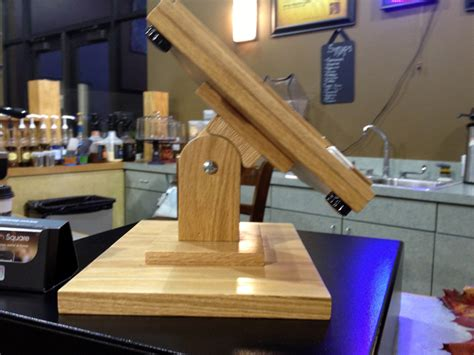 diy wood ipad stand  screams styleprevents tablet