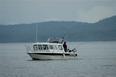 Kingfisher Offshore Boats by Research 2013 Kingfisher Boats 2525 Offshore On Iboats