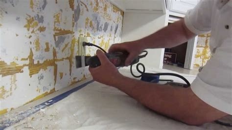 how to install a glass tile backsplash in the kitchen how to install glass mosaic tile backsplash part 1