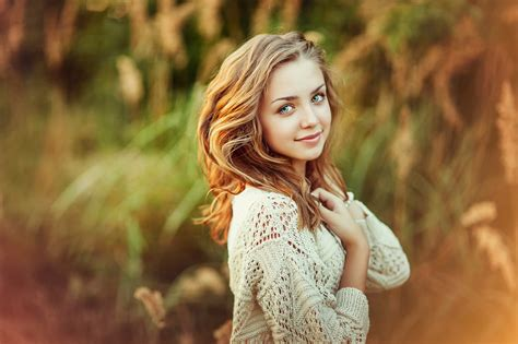 Cute Teen Girl Wallpapers